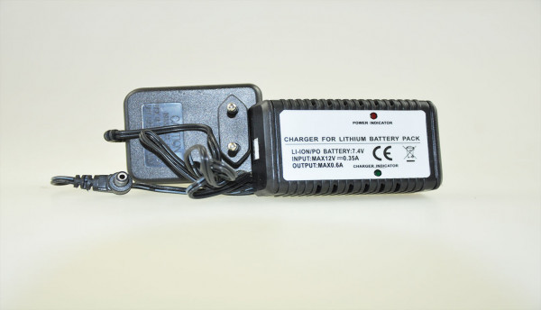 CE charger , with balance charg Blue Barracuda Mini Boot